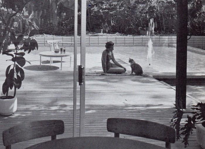 Seventies pool bricks